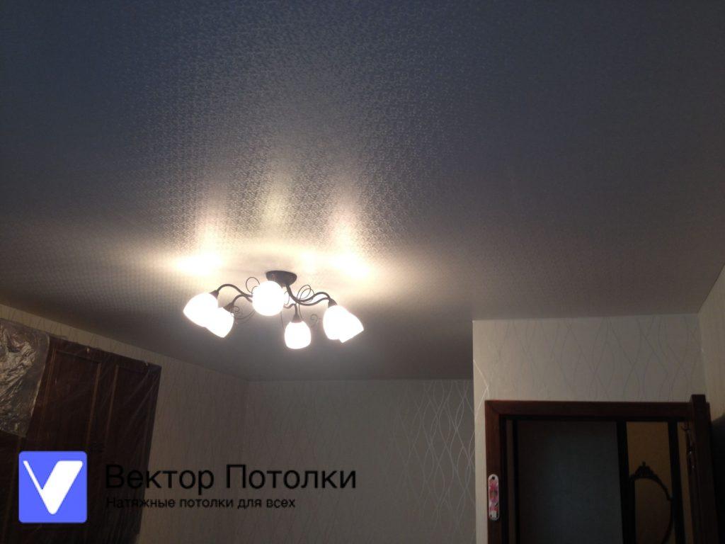 фактурный натяжной потолок